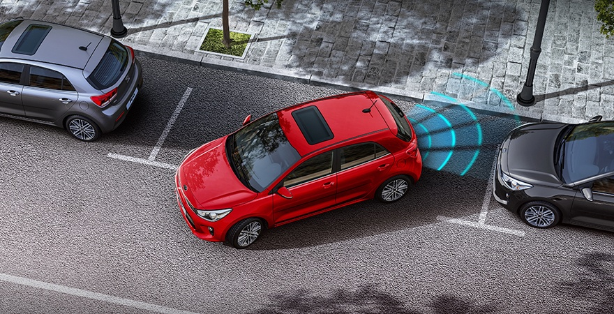 kia-rio-features-rear-park-assist-w